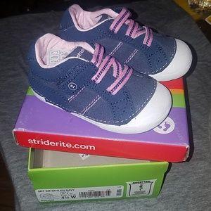 Girls stride rite baby sneakers